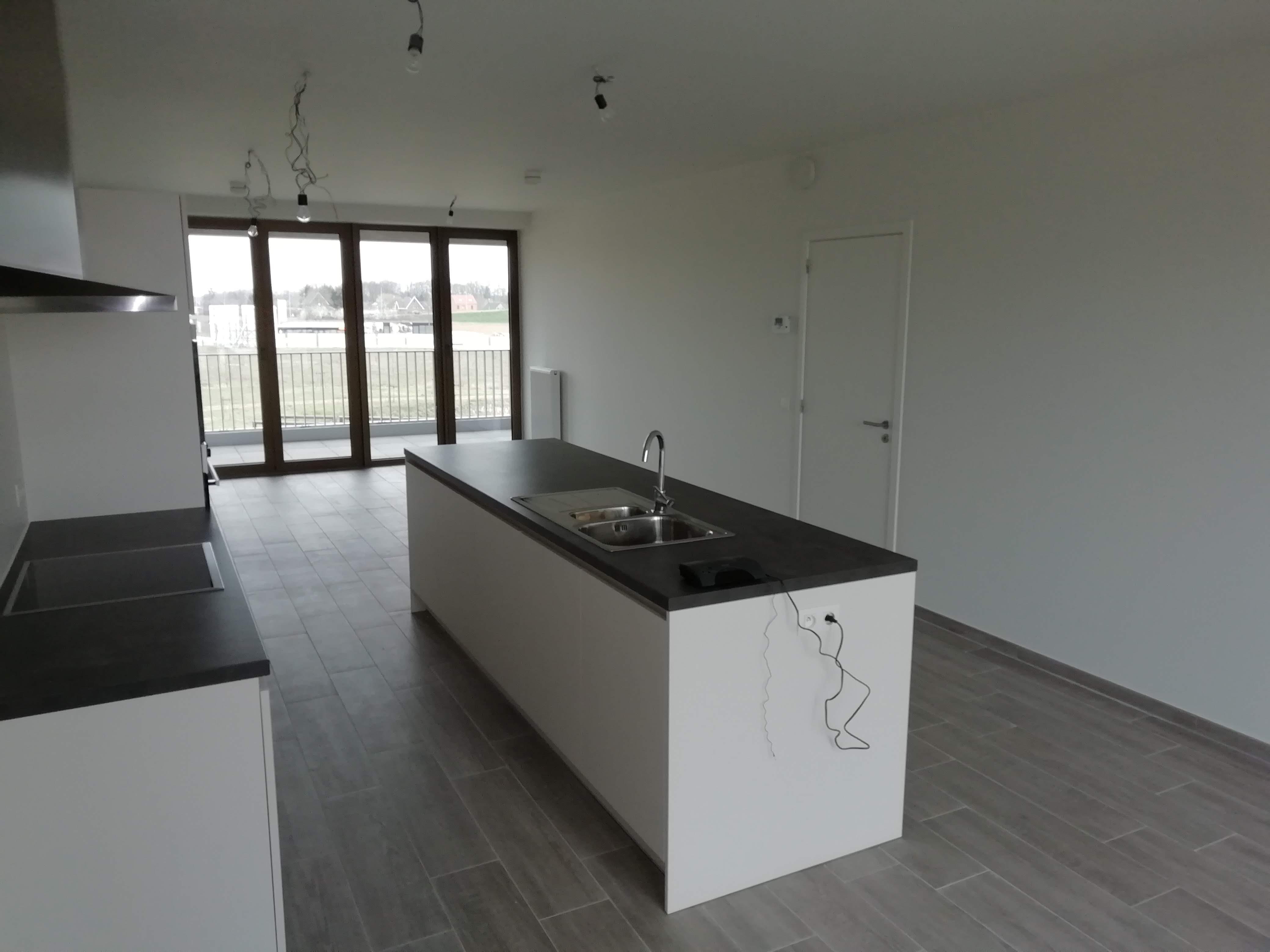 geverfde keuken afgewerkt