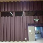 vliesbehang op muur industrie